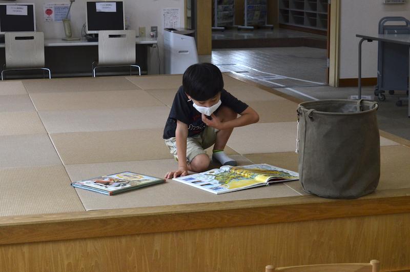 多治見市子ども情報センター(多治見市図書館分館)